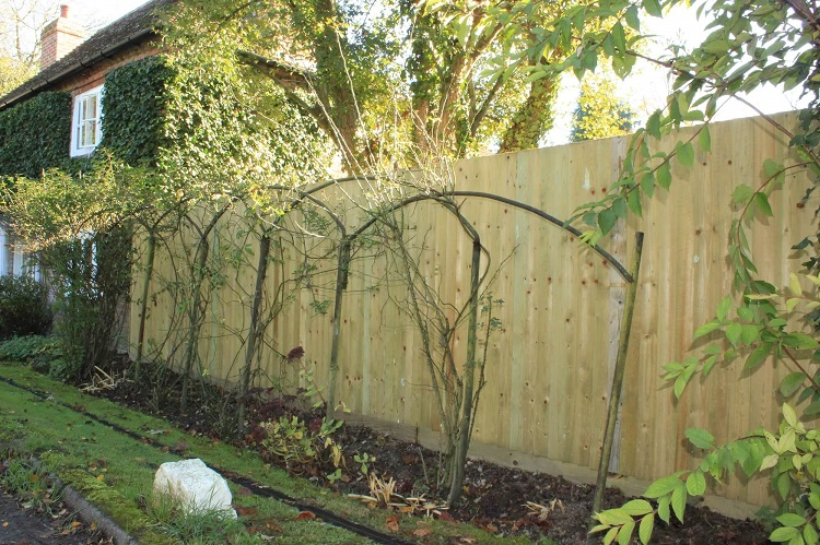 3 Great Benefits To Erecting a Fence Around Your Property In The UK.