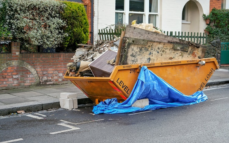 3 Of The Many Benefits Of Hiring a Skip For Domestic Or Business Use In Kent.